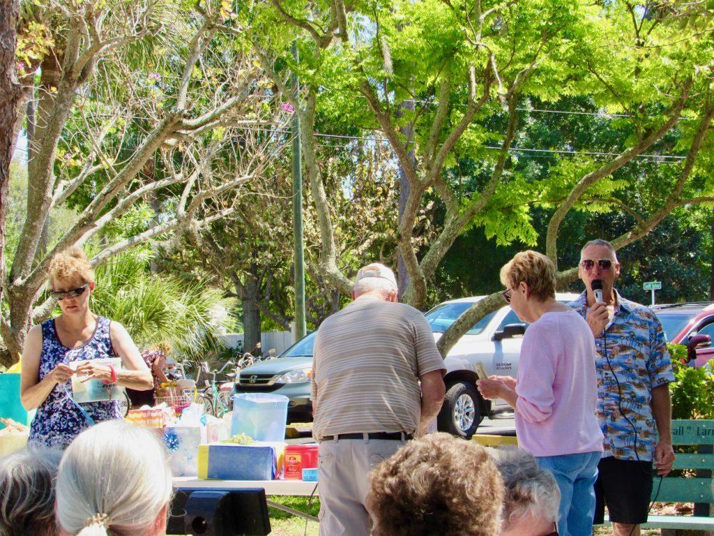 2019 Park Picnic   Oak Grove Mobile Home & RV Park